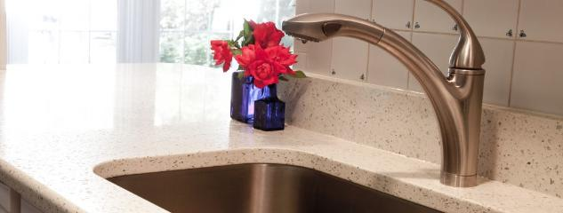 white_birch_geos_recycled_glass_countertops